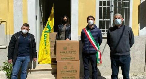 Sono arrivati anche a Magliano Sabina i pacchi della solidarietà donati dalla Coldiretti