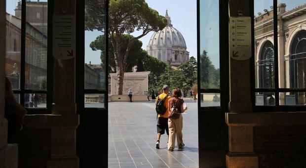 Ai Musei Vaticani lo strano effetto di sentir parlare in italiano