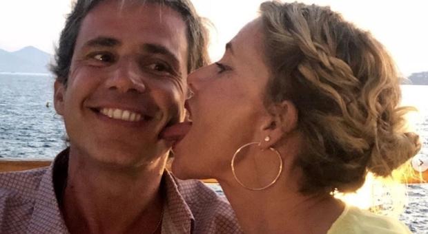 Alessia Marcuzzi, il marito è «furioso» per il gossip su De Martino e Belen: «Ora vie legali»
