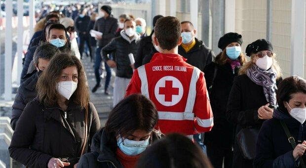 Vaccino Covid, AstraZeneca ritarda: ad aprile metà iniezioni. J&J non arriverà prima di maggio