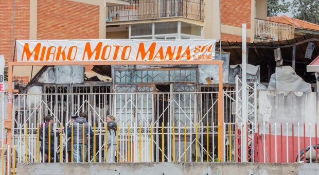 Fiamme In Concessionario A Roma 46 Moto Distrutte Atto Doloso
