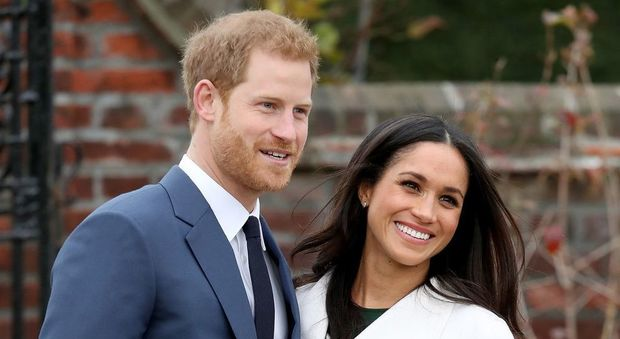 Meghan e Harry, il voltafaccia di Carlo: non pagherà una sterlina per la loro sicurezza