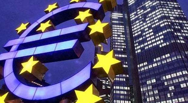 Coronavirus, Bce lancia quantitative easing da 750 miliardi di euro per l'emergenza