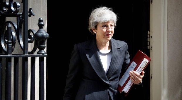 Regno Unito, voto nel caos: May può lasciare già domani