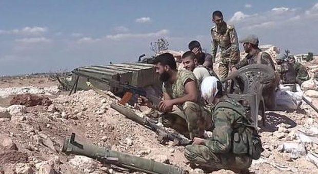 Siria, i ribelli anti Al Assad strappano le cittĂ-simbolo di Dabiq e Soran all'Isis