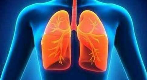 Tumore al polmone, trovate le cause nei non fumatori: passo chiave per terapie personalizzate