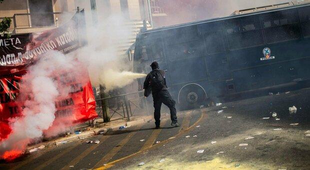 Alba Dorata, condannati gli estremisti di destra: «Organizzazione criminale»