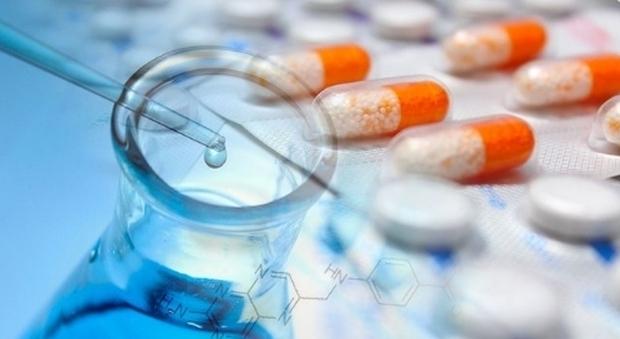 Coronavirus, speranze da farmaco anti-artrite: a Napoli due pazienti gravi migliorati in 24 ore