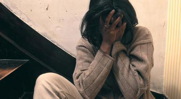 Stalking del professore sull'alunna 14enne: choc in provincia di Napoli