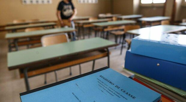 Roma, scuola, «le aule extra introvabili». Un istituto su 3 a rotazione farà tele-didattica