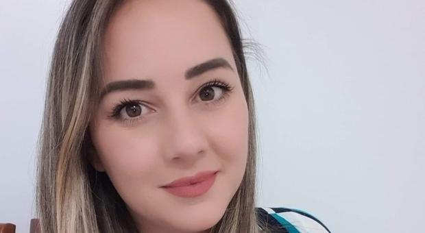 Dottoressa incinta al quinto mese muore a 36 anni di Covid: i colleghi non riescono a salvare il bimbo