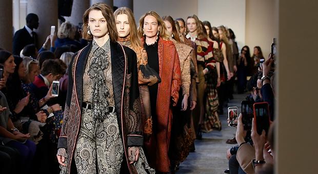 huge discount 34cd7 31ee3 Aristocratica e indie, a Milano Moda Donna sfila la ...