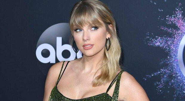 Taylor Swift, arrestato stalker: era riuscito a entrare nella sua casa a Manhattan