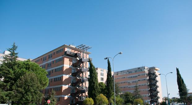 Pulizie negli ospedali, siglato l'accordo: salvi i 250 posti di lavoro