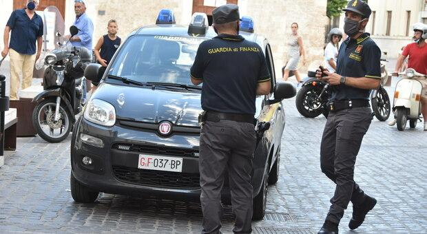 Evasione fiscale d'oro: sequestro preventivo della Finanza a una gioielleria per quasi 400mila euro