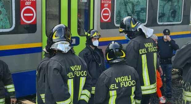 Roma Termini, centinaia di passeggeri bloccati nei treni per un presunto suicidio alla Stazione Tiburtina