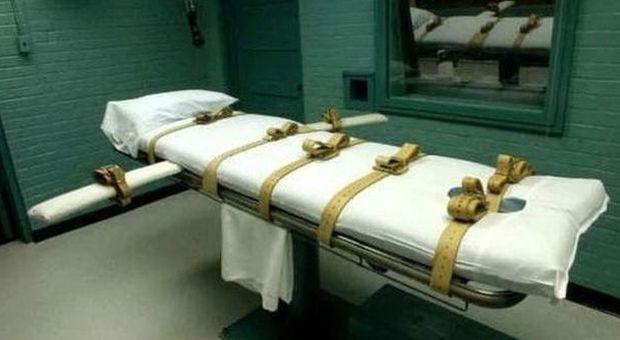 """Pena di morte sospesa: il governatore della California """"grazia"""" 737 detenuti"""