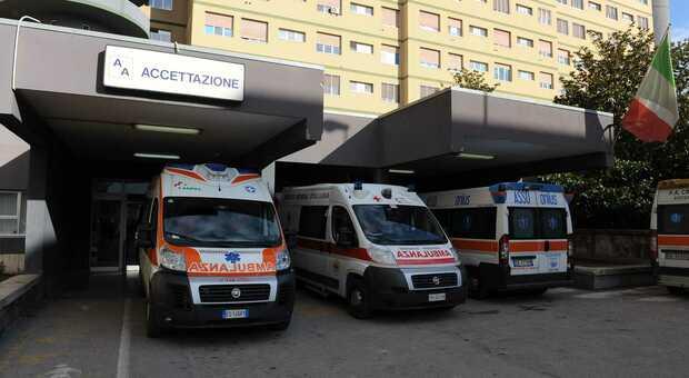 Pescara, intervento doppio con il robot: donna operata per cinque ore. Ora sta bene