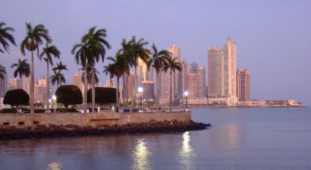Panama papaers agenzia delle entrate a caccia dei 900 for Nomi dei politici italiani