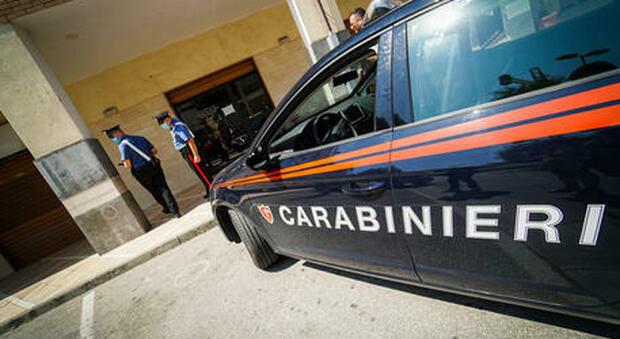 Milano, bancario confessa l'omicidio della trans: «Ricordo tanto sangue addosso»