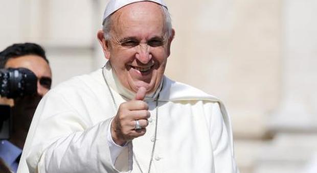 Coronavirus, tampone negativo per il Papa. Il Vaticano: «E' solo raffreddato»