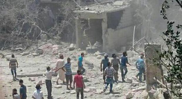 Siria, bombe su una scuola: morti cinque bambini
