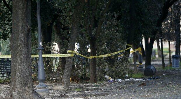 Roma, 16enne egiziano minacciato e spogliato nei giardini da due coetanei romani: «Io, minacciato di morte»