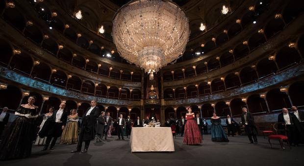La Traviata dell Opera su Rai3: esperimento di creatività premiato da un milione di telespettatori