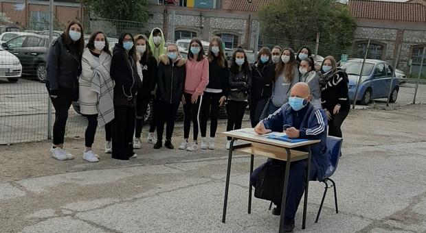 Liceo lezioni all'aperto