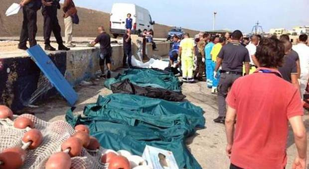 Strage Lampedusa, 9 arresti: migranti vittime di stupri di massa