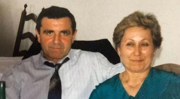 Muoiono nello stesso momento dopo 57 anni di matrimonio: i cuori di Marcello e Giovanna si fermano in dieci minuti