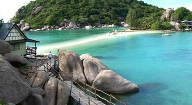 Turismo, la Thailandia riapre ai vaccinati: da luglio sì ai viaggi a Phuket senza quarantena