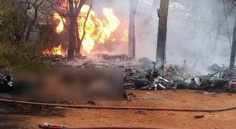 Autocisterna esplode: 68 morti carbonizzati mentre cercano di raccogliere il carburante
