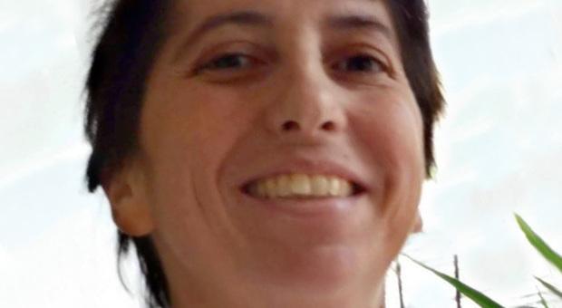 Tumore all'utero, Monica muore a 44 anni poco dopo le..