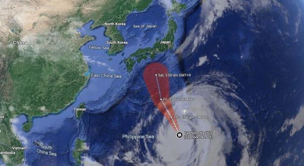 Tifone Hagibis in arrivo in Giappone: venti fino a 200 kmh, treni e voli cancellati, mondiali di rugby stravolti, Formula Uno a rischio