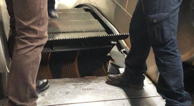 «Metro A, scale troppo veloci»: ecco perché sono un pericolo