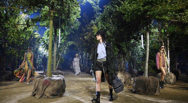 Dior e quei 164 alberi. Perchè Maria Grazia Chiuri ha scelto il bosco come tema della nuova collezione