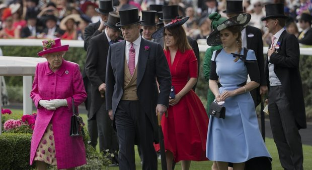 Royal Ascot, al Ladies day regnano le principesse Eugenie e Beatrice