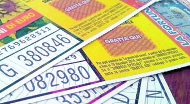 Venduto in Umbria uno dei primi cinque biglietti vincenti della Lotteria Italia