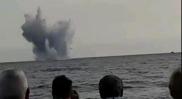 Eurofighter precipitato a Terracina, completato il recupero dei resti in mare