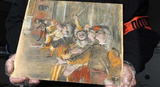 Parigi, dal cofano di un bus spunta un Degas: il dipinto era stato rubato nel 2009