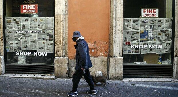 Covid, a Roma chiusi 11 mila negozi: l'anno più buio di commercio e turismo
