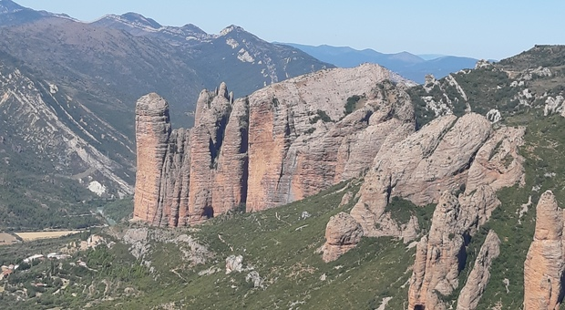 Il Mirador degli avvoltoi, Aragona