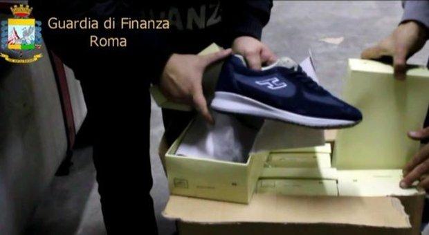 Sardegna, 2.000 paia di Hogan contraffatte agli alluvionati