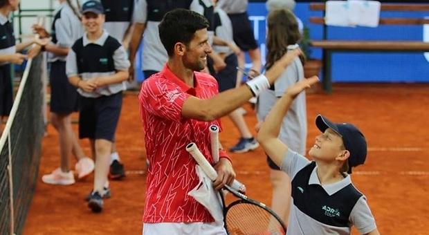 Mihailo Topic: ecco chi è il raccattapalle fenomeno che ha beffato Djokovic