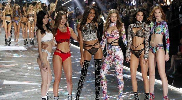 Victoria's Secret cancella lo show dopo le polemiche: «Cercheremo altri modi di comunicare»