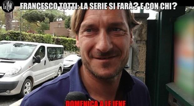 Un utente attacca Ilary sui social, Totti replica: