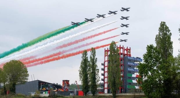 Frecce Tricolori, 60 anni al vertice mondiale delle pattuglie acrobatiche oggi a Tg2 Dossier