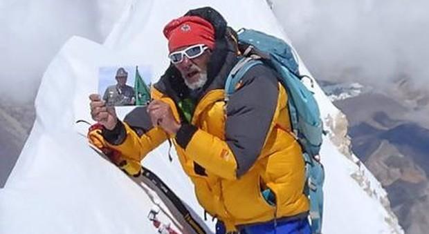 Ex muratore 60enne dopo due infarti arriva a 8 mila metri in Pakistan senza ossigeno