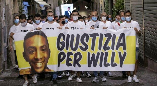 Omicidio Willy, Belleggia denuncia tre testimoni che lo accusano dell'aggressione: «Hanno detto il falso»
